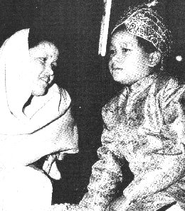 Mata Ji with her son the Godboy Prem Rawat (Maharaji)